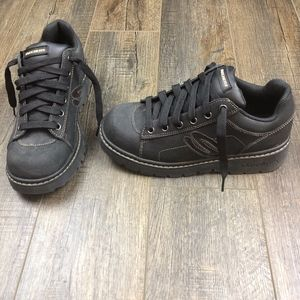 Sketchers Black Sneakers Shoes | Size 9